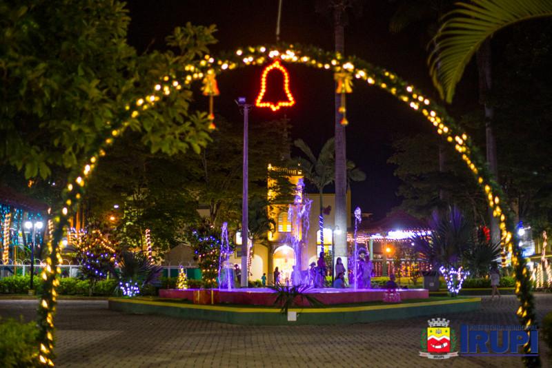 Decoração Natalina da Praça Central